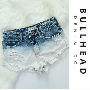 💥Sale! Bullhead Denim Co. Ombré Cut-Offs
